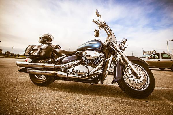 Porządne kufry motocyklowe Shad